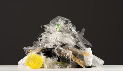 綠色和平:六都家庭每週買回2.2億件塑膠