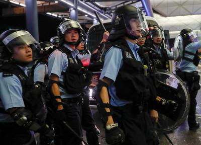 未準備軍隊入城 港警還沒總動員