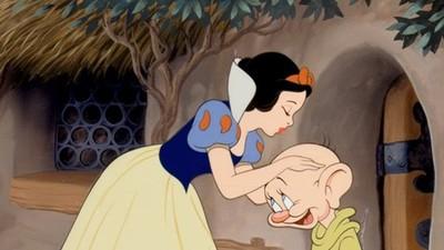 解密格林童話「萬年老梗」 住森林、王子公主幸福快樂根本是日常