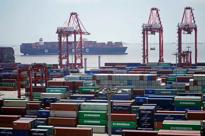 美將對中國3000億美元產品啟動「排除」程序!