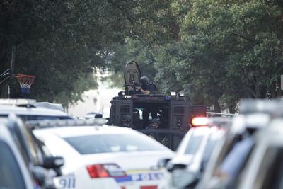 費城緝毒槍戰持續 6警中彈送醫