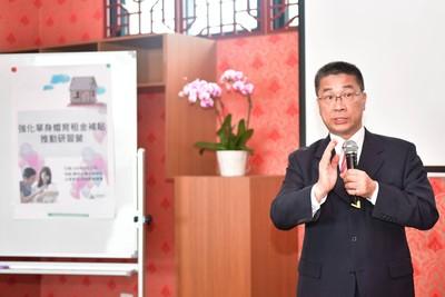 單身婚育租金補貼上路 徐國勇:讓下一代更好