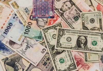 熱錢連3個月湧入 外資11月淨匯入逾900億