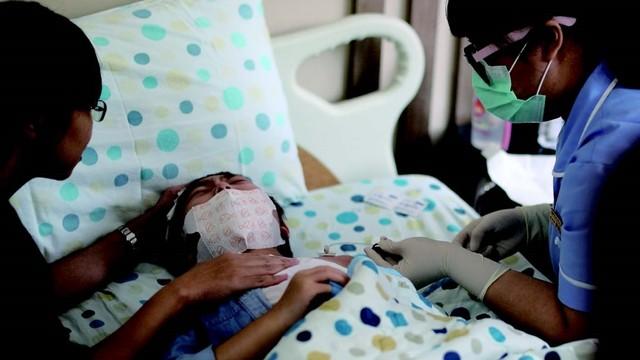 人工血管上針「把藥注進腦」 11歲腦瘤女童忍了6年 還是痛到哭嚎