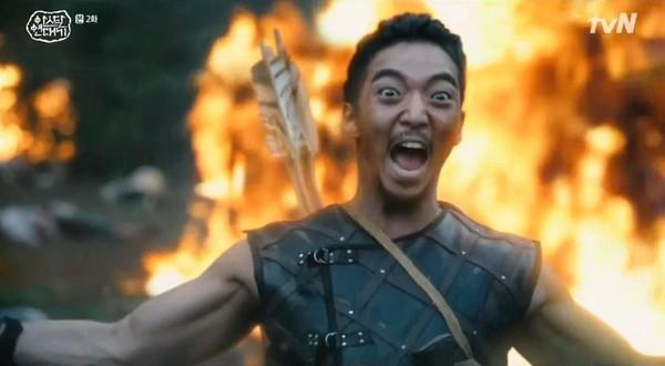▲▼黃熙在《醫生耀漢》、《阿斯達》形象差很多(圖/翻攝自tvN、SBS、黃熙IG)