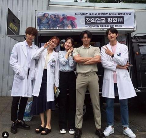 ▲▼同一人?《醫生耀漢》他也有演! 竟是《阿斯達》殘忍戰士(圖/翻攝自tvN、SBS、黃熙IG)