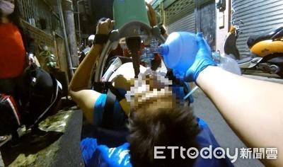 男倒臥客廳無呼吸心跳 警消CPR+AED救回