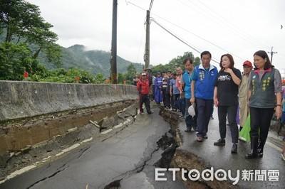 走山!南投國姓鄉長豐村150米邊坡嚴重塌陷