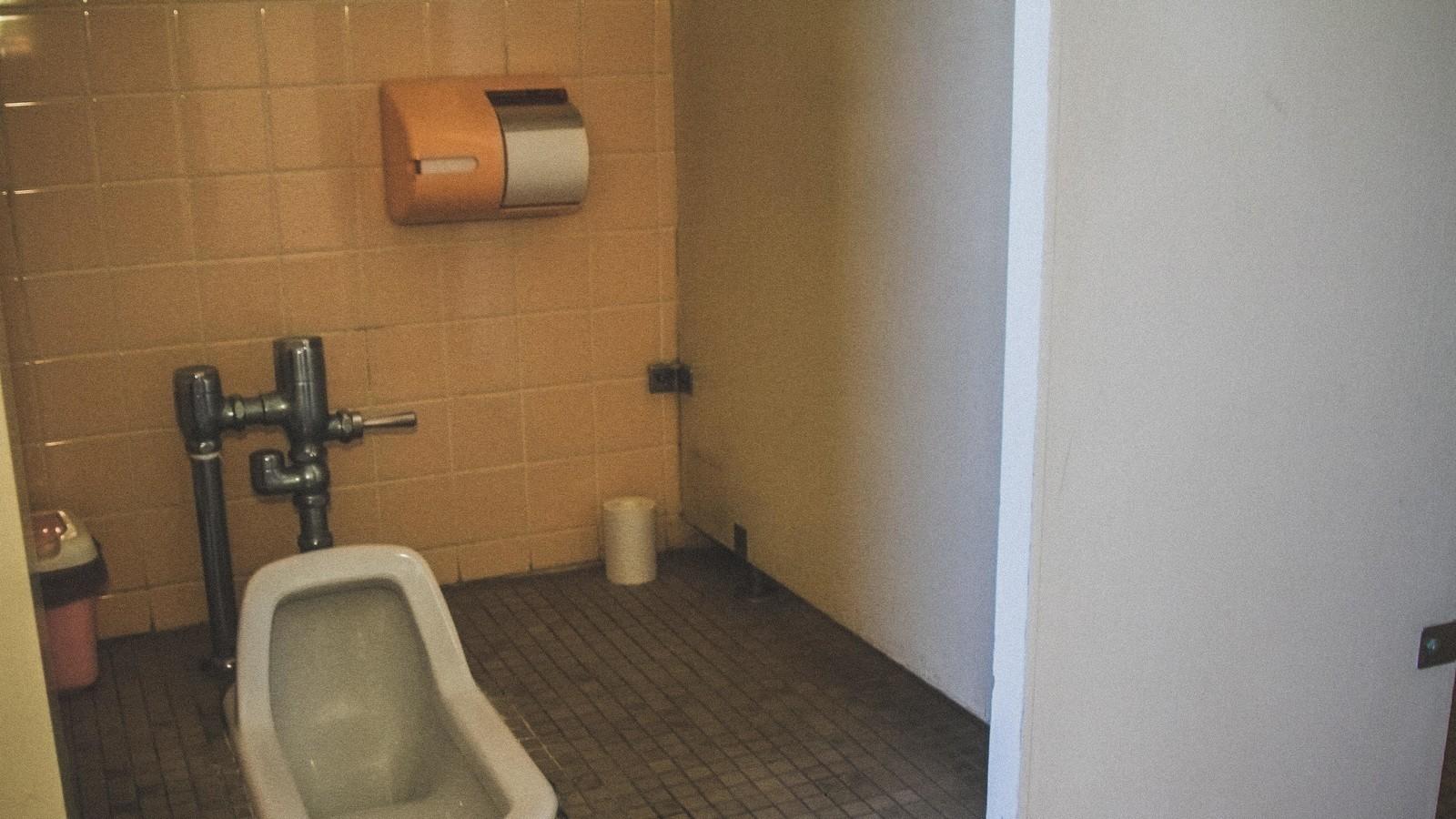 ▲公共廁所,廁所,。(圖/取自免費圖庫Pakutaso)
