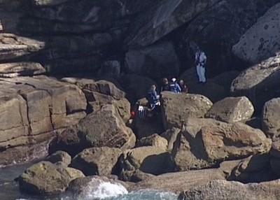 陸女拍超美鑽石灣 下秒「搜救隊吊掛她的遺體上岸」