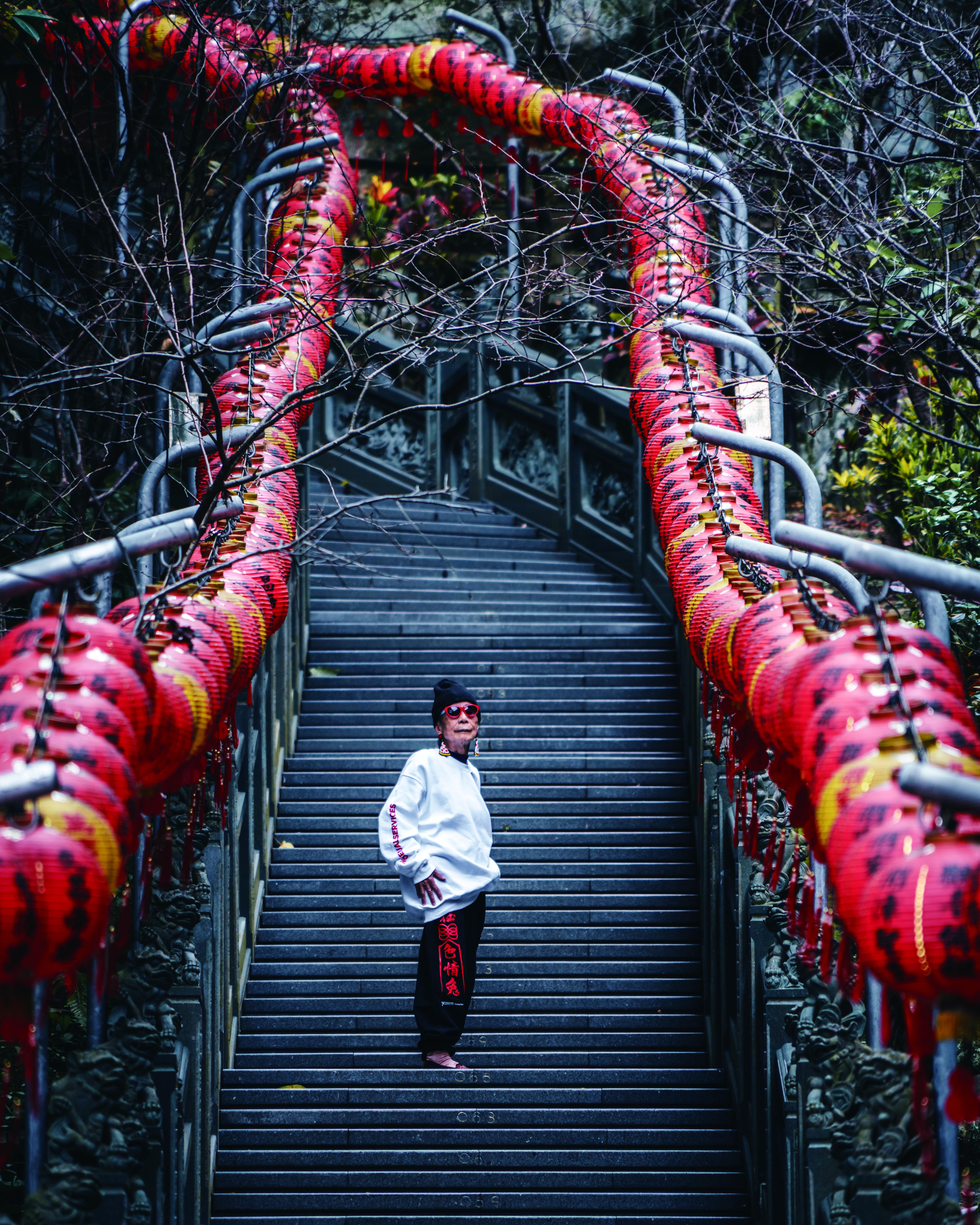 ▲▼書籍《媽抖:91歲的台灣第一潮嬤林莊月里》。(圖/寶瓶文化、攝影師RK提供,請勿隨意翻拍,以免侵權。)
