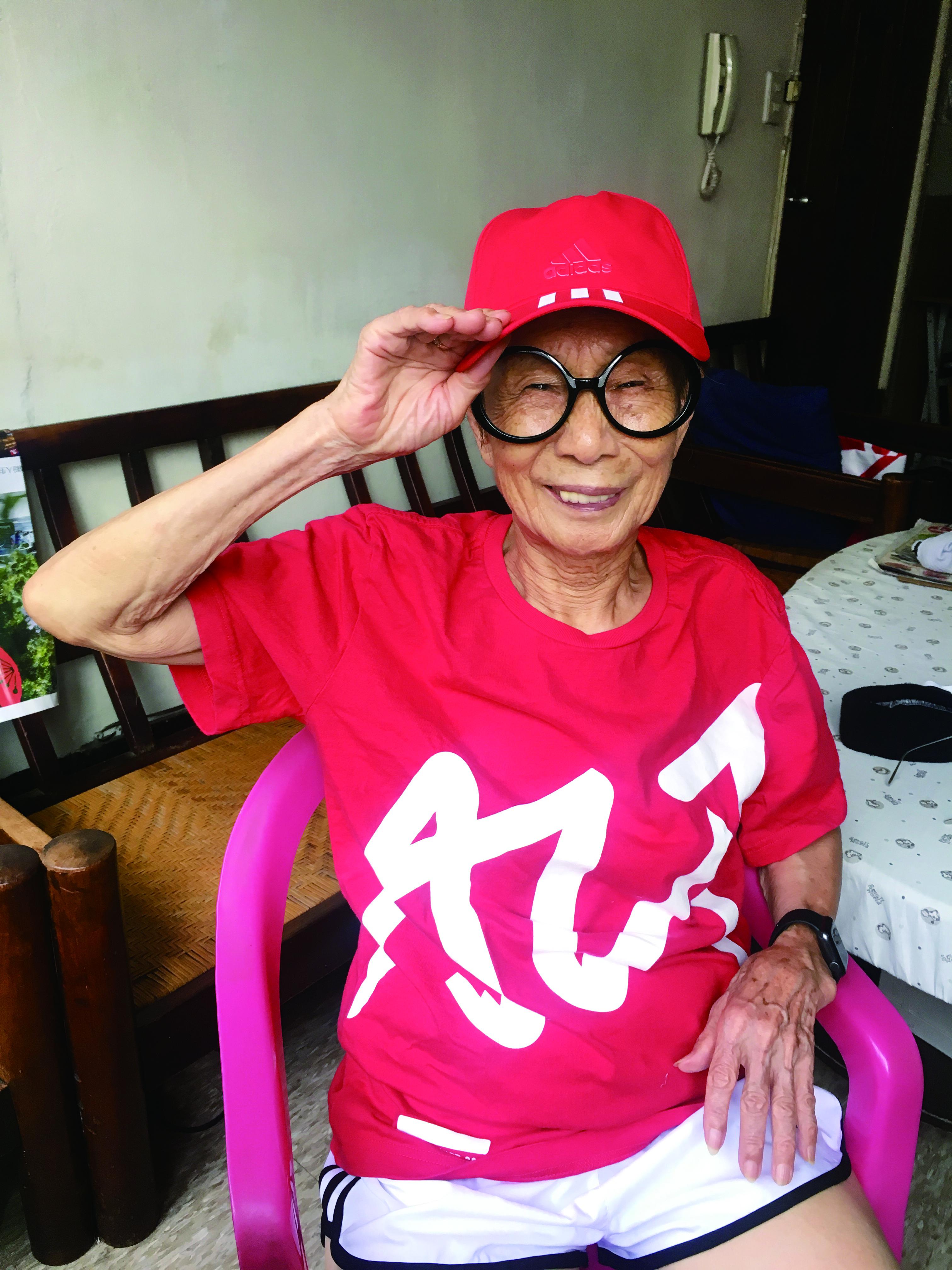 ▲▼書籍《媽抖:91歲的台灣第一潮嬤林莊月里》。(圖/寶瓶文化提供,請勿隨意翻拍,以免侵權。)
