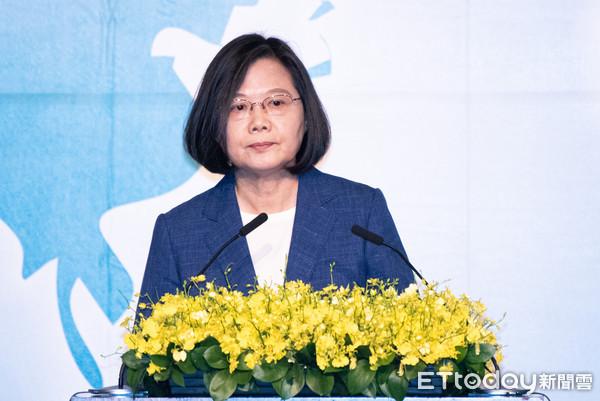 「殭屍帳號退散!」 蔡英文:不許境外勢力利用台灣自由傷害自由