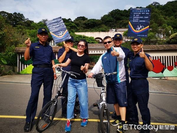 鐵馬騎士下坡遭公車輾斃…警在山路舉牌保平安:自行車小心!