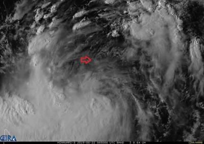 白鹿颱風旋轉中心下午後明確起來了