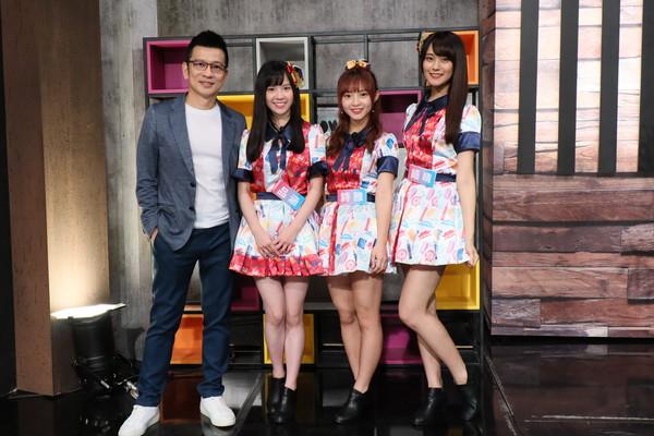 ▲ 陳子鴻(左)是女團AKB48 Team TP的幕後推手。(圖/MOMOTV提供)