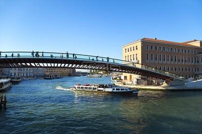威尼斯憲法橋設計糟 義大利罰建築師百萬