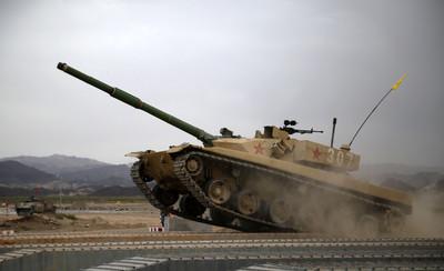 令解放軍心碎的「坦克兩項」軍事比賽