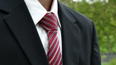 「西裝打扮」決定你業務能力 外型亮眼、個子顯高機會更多