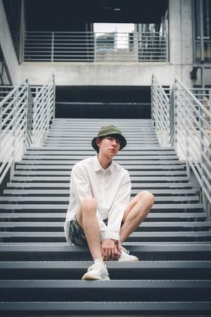 ▲▼ 吳珝陽在《靈異街11號》飾演分屍好友的變態 。(圖/翻攝自Facebook/吳珝陽Duke/LINE TV)