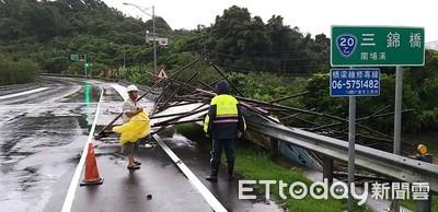颱風期間玉井警力保民眾安全