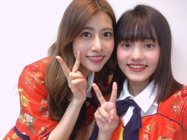 ▲AKB48 Team TP成員柏靈(右)和阿部瑪利亞(左)。(圖/好言娛樂提供)