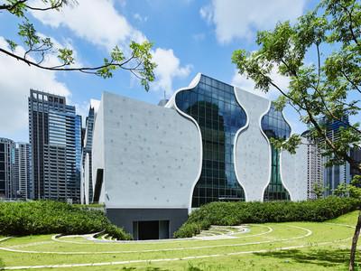 「台中國家歌劇院」登日本江之電