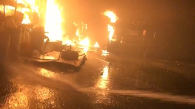 宜蘭汽修廠傳爆炸聲 廠內陷火海