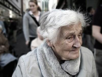 退休仍難還房貸 澳洲老人健康惡化