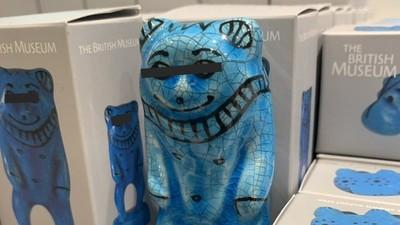 「奇怪的東西也沒關係」出差被要紀念品 買回大英醜神像居然大好評