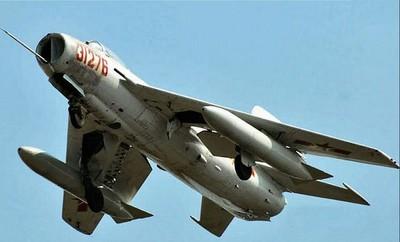 張召忠:中國短期不會開發垂直起降戰機