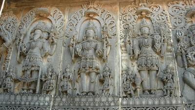 濕婆「雙重神性」、毗濕奴及梵天貴氣端莊!印度神話「三相神」鼎立