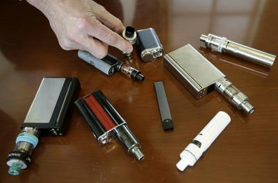 電子菸引「嚴重肺病」持續蔓延
