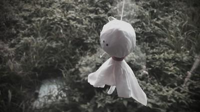 晴天娃娃其實是屍體!天皇怒命令和尚包頭自殺…隔天天氣放晴了
