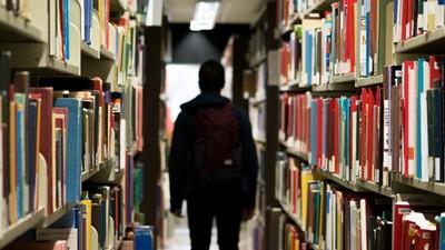 不怕假新聞洗腦!3原則找到「對的那本書」 高效率還能長知識