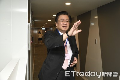 官股罕見請辭…遞補壽險公會理事 許舒博與綠營的距離成話題