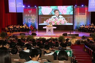 台灣年輕人闖世界 四力打造圓夢方程式