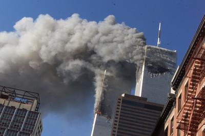 911恐攻18周年!美13名消防員跟隨父輩腳步