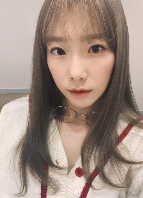 ▲太妍染深髮。(圖/翻攝自Instagram/太妍)