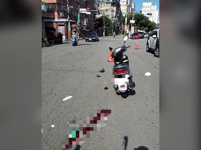 台中2機車碰撞 男騎士命危