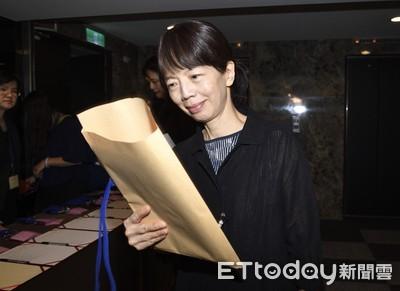 開發金公告 中壽董事長郭瑜玲申請退休