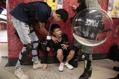 網號召「9/2港鐵超合作運動」1黑衣男遭逮