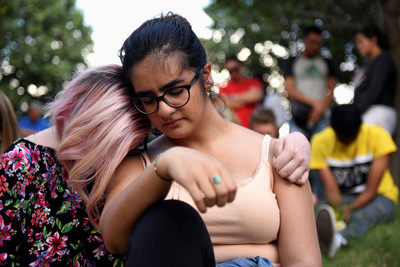 德州槍擊7死22傷結果要放寬槍枝