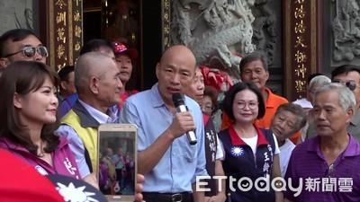 韓粉擠廟宇喊「凍蒜」 市政行程變調成造勢