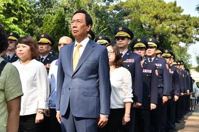 羅智強讚郭台銘 他是100%的中華民國派