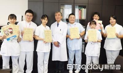 中華醫大25位學生海外見習受肯定