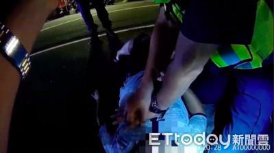 情侶攔警求救路倒翁 CPR救回一命