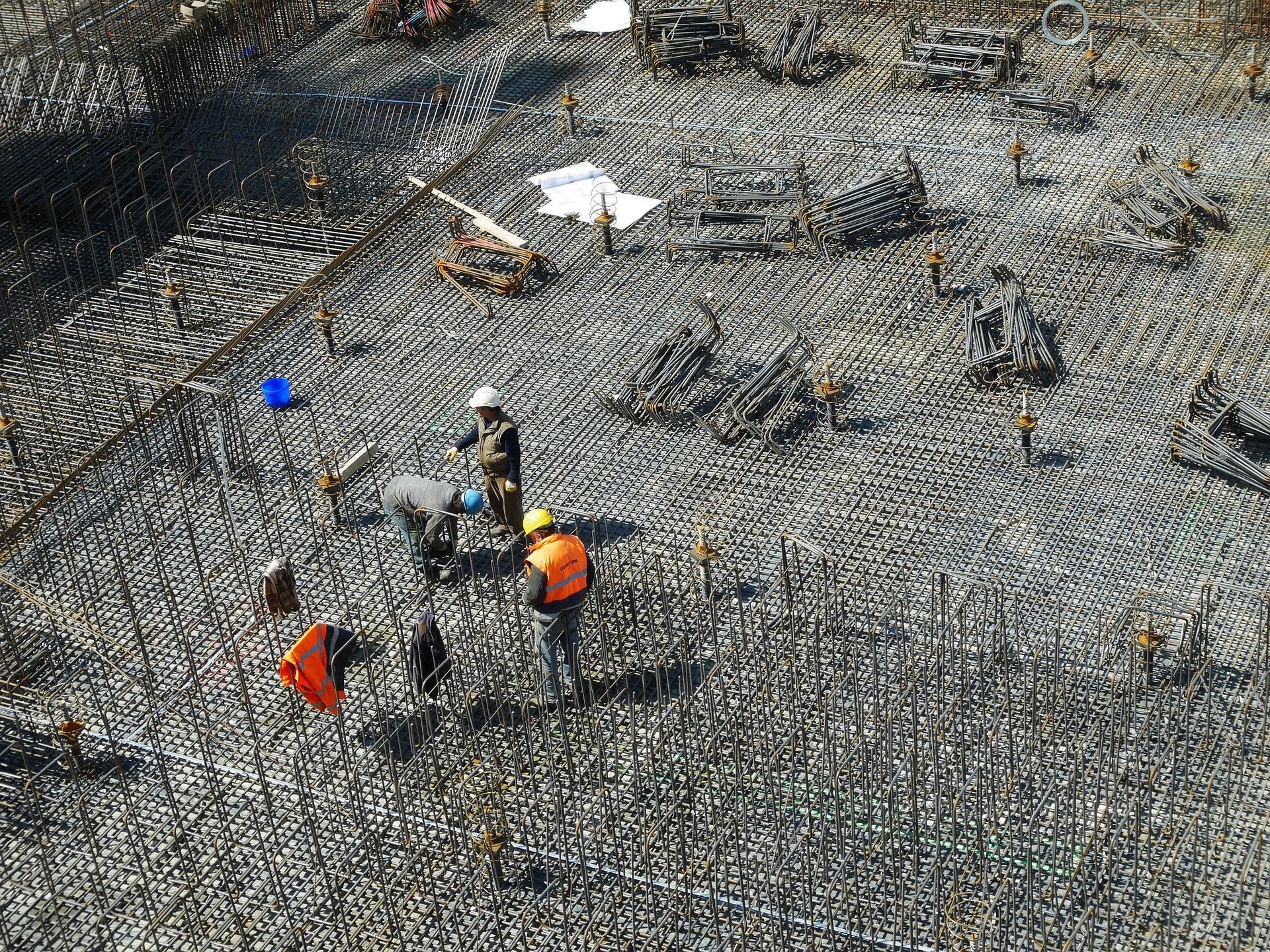 ▲▼工地,鋼鐵,結構鋼,施工,蓋房子(圖/pixabay)