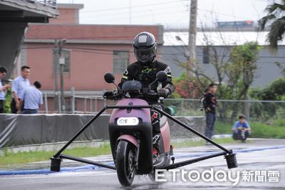 Gogoro S2 ABS電動機車煞停體驗