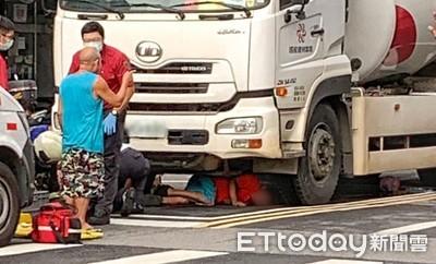 快訊/南港男捲預拌車底 救出僅擦傷